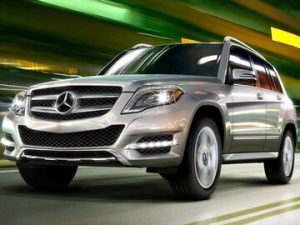 2015 mercedes benz glk class frontside msglk151 300x225 - Mercedes-Benz GLK X204 – 2010 > 2018 350 Blue